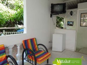 Apartamento No 7 Tv y nevera